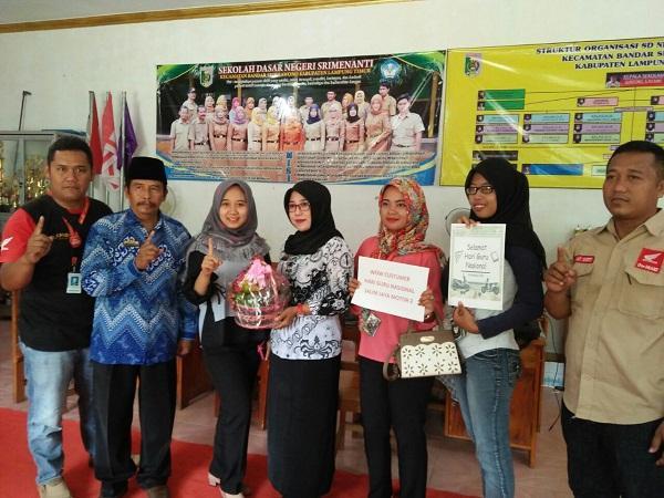 Dealer Salim Jaya Motor 2 Berikan Bingkisan juga Potongan Tenor Dihari Guru Nasional
