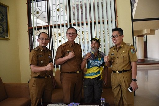 Wabup Zaiful Terima Kunjungan Goweser Opa Jhon Asal Depok