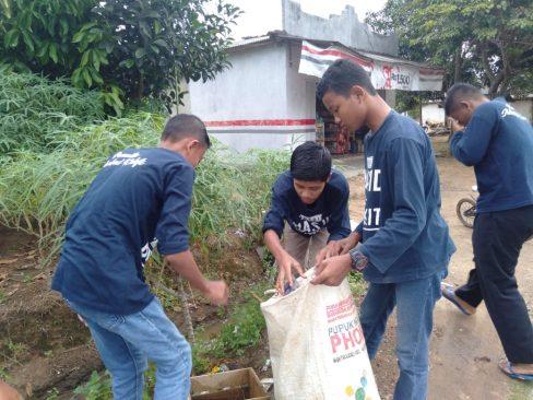 Bantu Jaga Lingkungan, Komunitas Bank Sampah Proyek Pancasila Kumpulkan 4 Karung Sampah Setiap 2 Jam